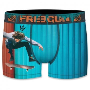Boxer Freegun Premium Skater qui skate sur les docks